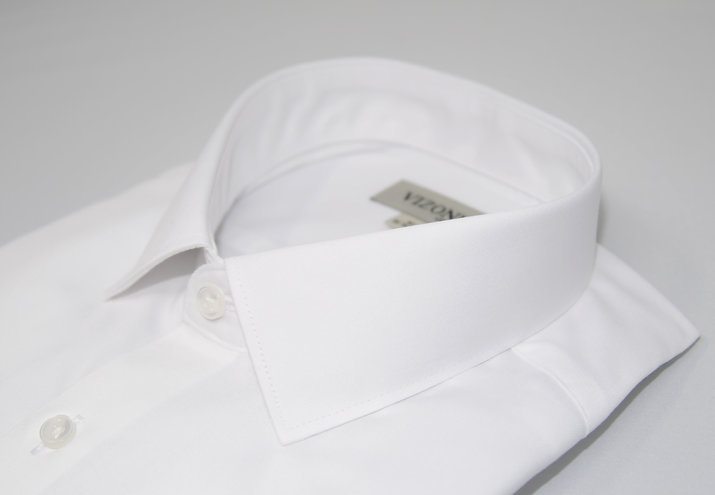 solid white dress shirt - types of shirt collar